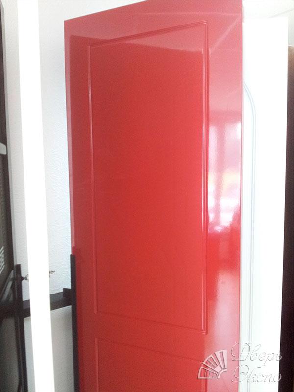 металлическая дверь крашеная на заказ