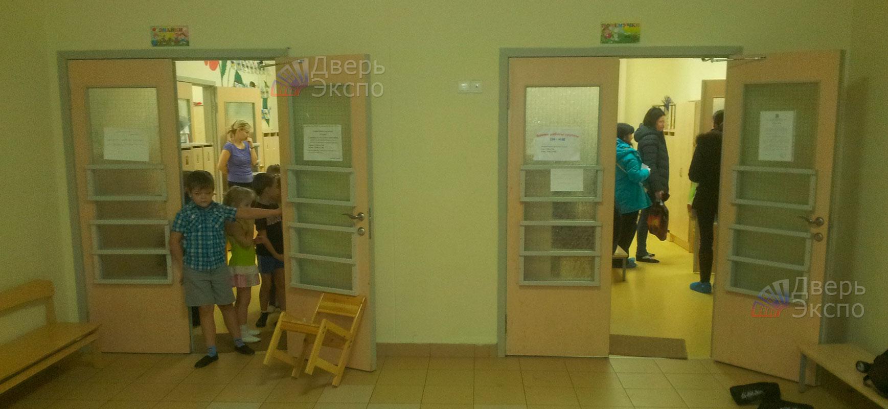 входные двери в детский сад
